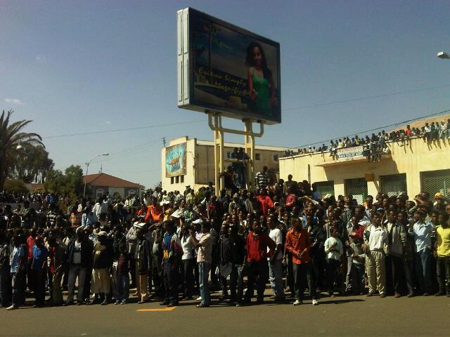crowds-2